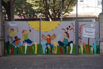 """Hem inaugurat el nostre mural"""